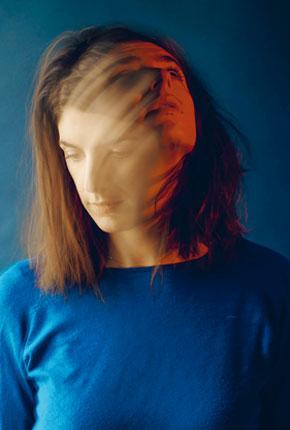 Images: Anoush Abrar « Génération slashers » // www.revuehemispheres.com