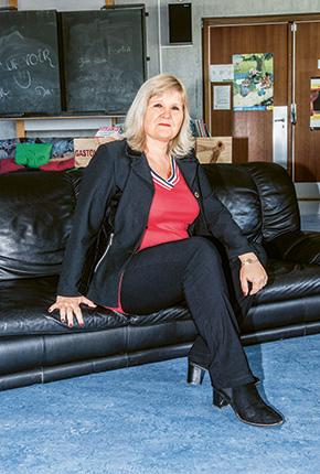 L'autorité en question - Nathalie Studli // www.revuehemispheres.com
