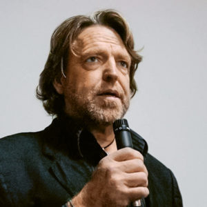 L'autorité scientifique face à l'open access - John Perry Barlow // www.revuehemispheres.com
