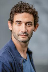 François Favre - Mon petit superpouvoir et l'algorithme-roi // www.revuehemispheres.com