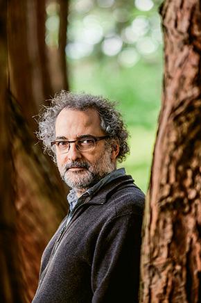 Pierre-François Coen - Quand la légitimité du professeur est remise en cause // www.revuehemispheres.com