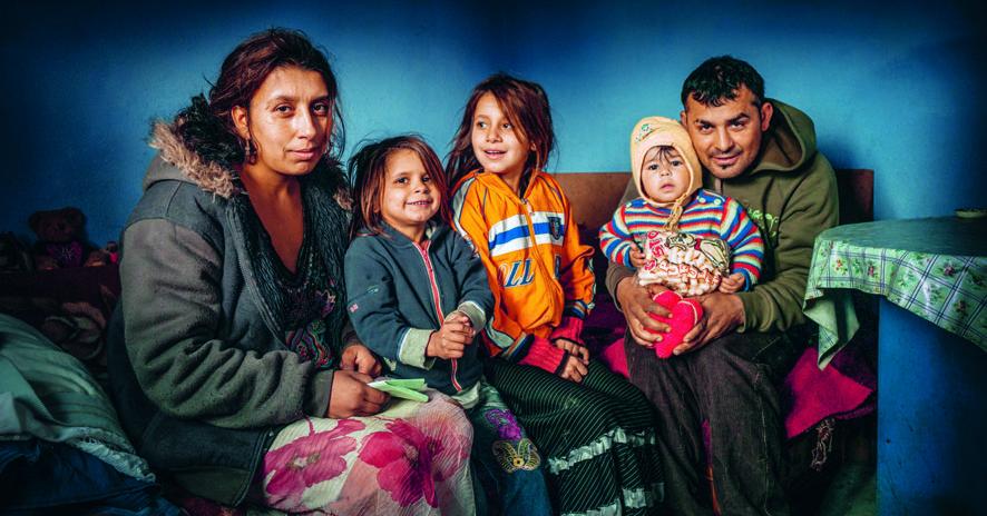 Soutenir les Roms précarisés // www.revuehemispheres.com