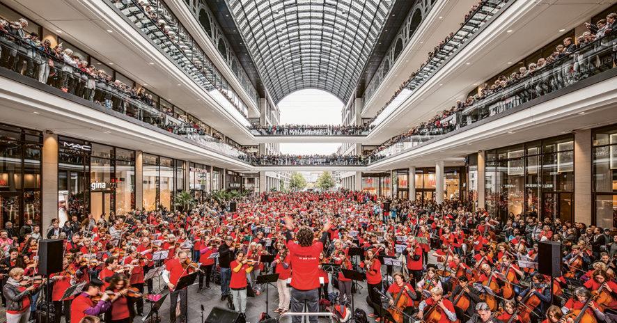 Des concerts live pour des employés heureux // www.revuehemispheres.com